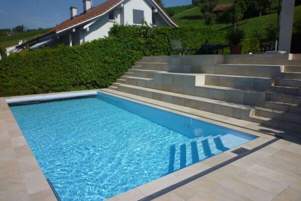 Neubau Schwimmbad und Weinkeller, Stettfurt